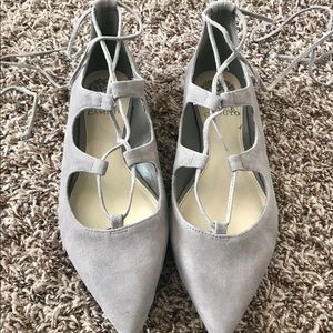 Vince Camuto taupe suede flats